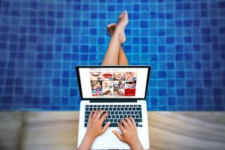 MWF_Case_Study_Girl_on_Computer_by_Pool