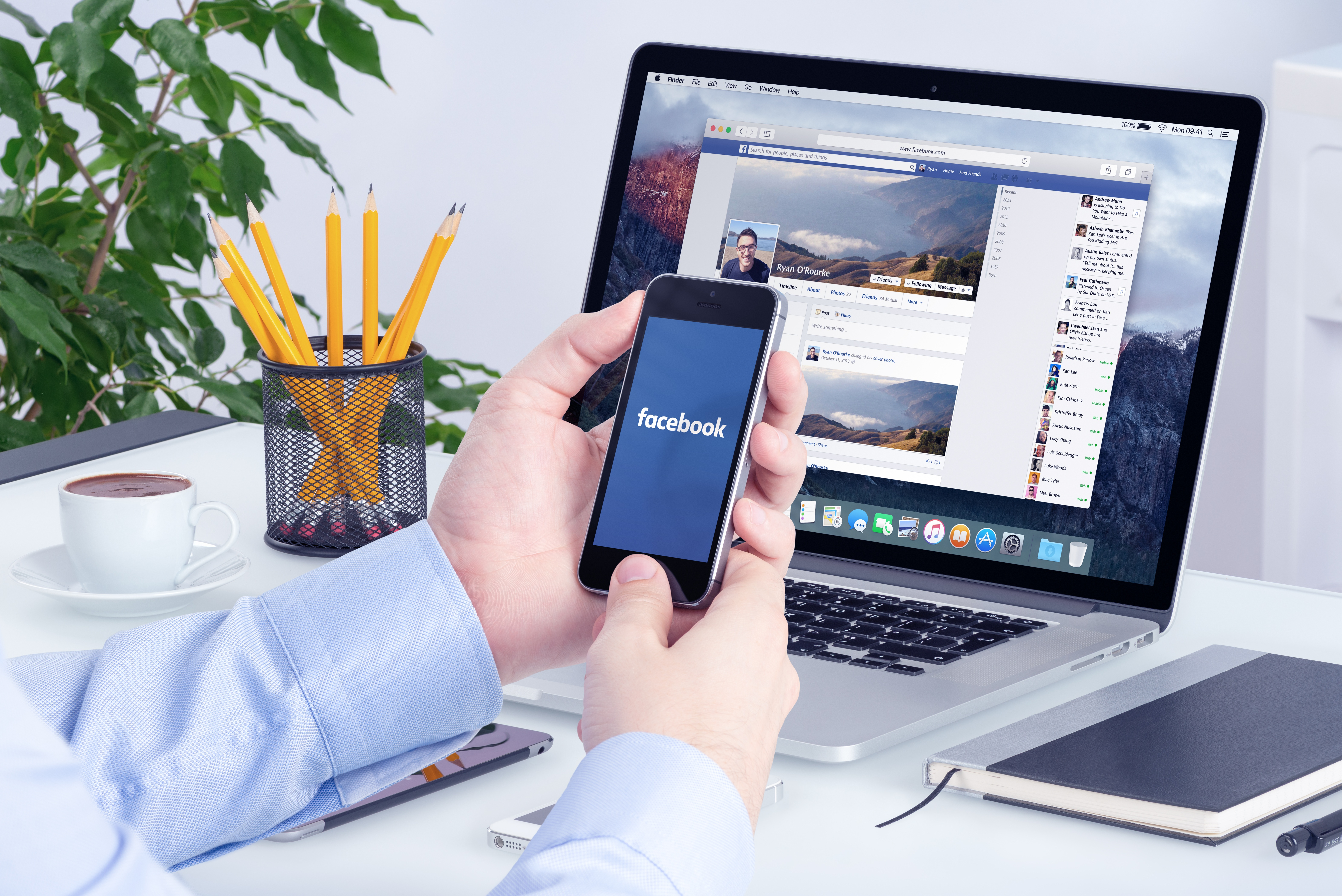 bigstock-Facebook-App-On-The-Apple-Ipho-95499020